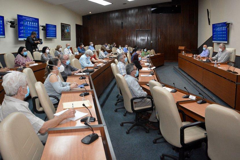 Cuba: tendencia ascendente de la Covid-19 solo podrá revertirse con disciplina